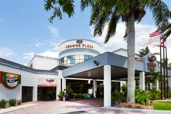 Crowne Plaza Hotel Fort Myers
