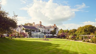 Summer Lodge Country House & Spa
