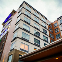 Holiday Inn Express & Suites Louisville