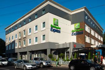 Holiday Inn Express Wimbledon South