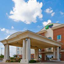 Holiday Inn Express Levelland