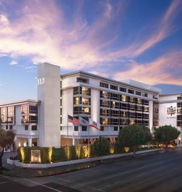 SLS Beverly Hills, Luxury Collection