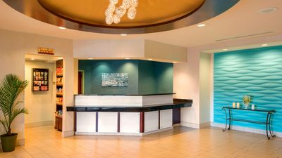 SpringHill Suites by Marriott Airport