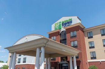 Holiday Inn Express New Philadelphia