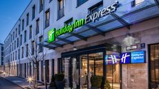 Holiday Inn Express City East