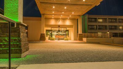 Holiday Inn St.John's Govt Center