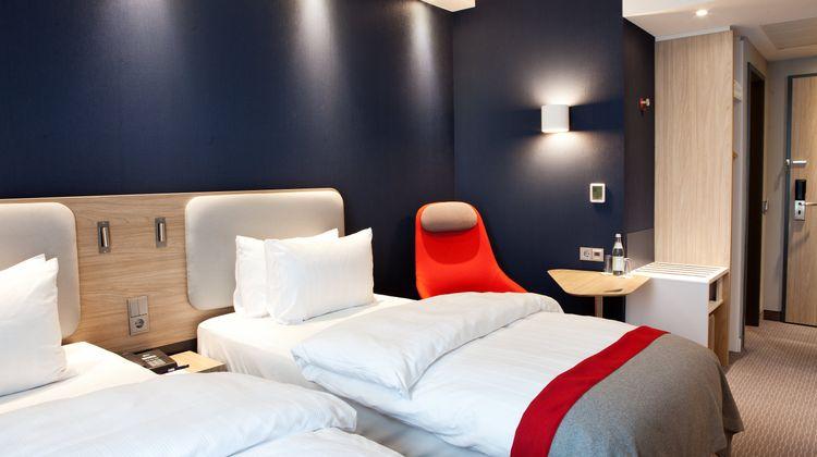 Holiday Inn Express Saabruecken Room