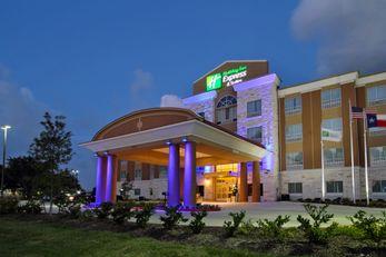 Holiday Inn Express & Suites Baytown