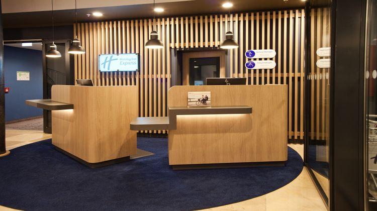 Holiday Inn Express Saabruecken Lobby
