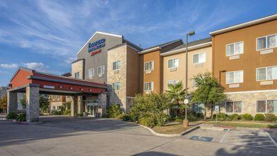 Fairfield Inn & Suites San Antonio Boern