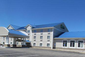 Holiday Inn Express & Suites Cadillac