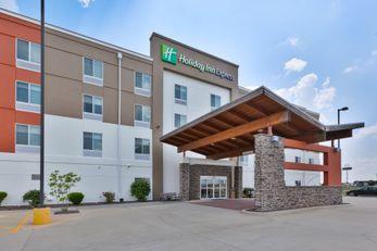 Holiday Inn Express & Suites Effingham