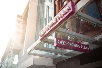 Crowne Plaza Hobart