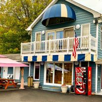 American Inn Lee
