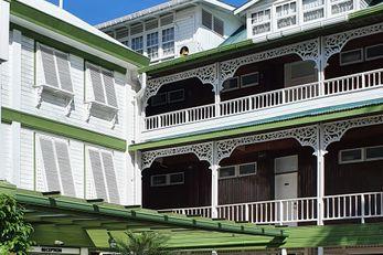 Cara Lodge