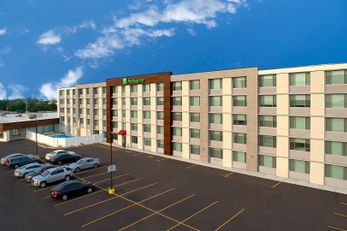Holiday Inn Chicago-Midway Airport South
