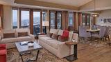 Viewline Resort, Autograph Collection Suite