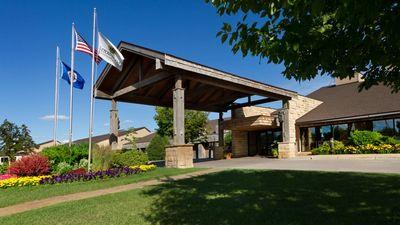 Arrowwood Resort & Conference Center