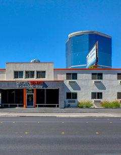 Siegel Suites Select Convention Center