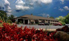 Hampton Falls Inn