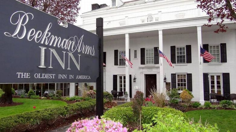 Beekman Arms Hotel  and  Delamater Inn Exterior