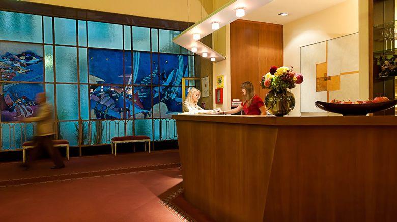 Hotel Papageno Lobby