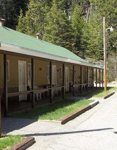 White Chief Mountain Lodge