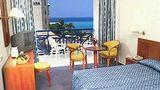 Cynthiana Beach Hotel Room