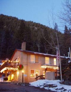 Taos Mountain Lodge