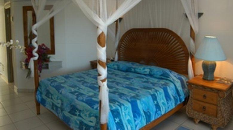 La Playa Orient Bay Room