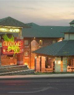 Grand Oaks Hotel