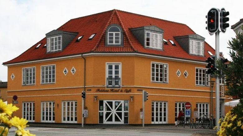 Foldens Hotel Exterior