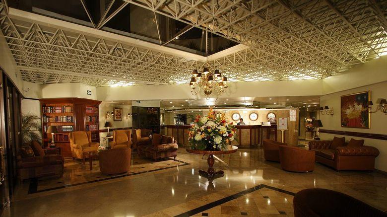 Radisson Hotel Plaza Del Bosque Lobby