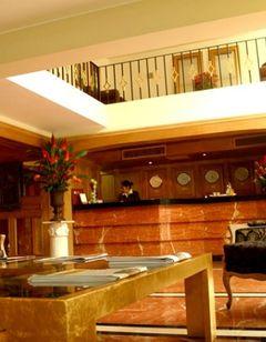 Suites Del Bosque