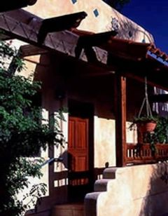 Blue Iguana Inn & Emerald Iguana Inn