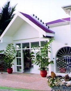 Mji Hotel