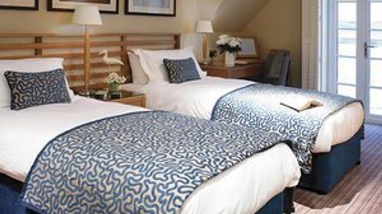 <b>Braye Beach Hotel Room</b>