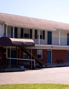 Sunset Motel Lee