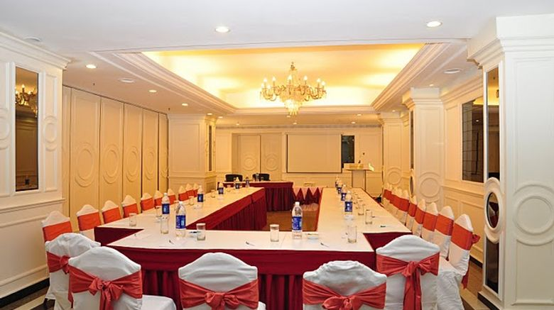<b>The Central Court Hotel Meeting</b>