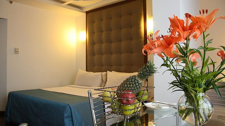 <b>The Central Court Hotel Room</b>