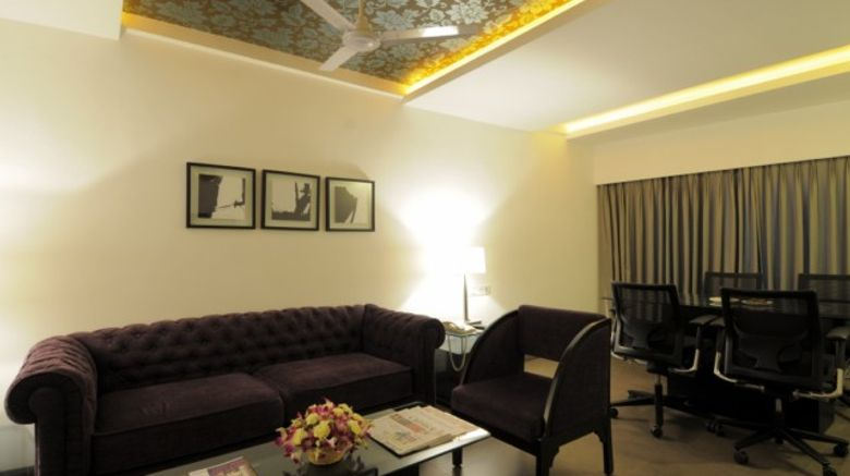 <b>The Central Court Hotel Suite</b>
