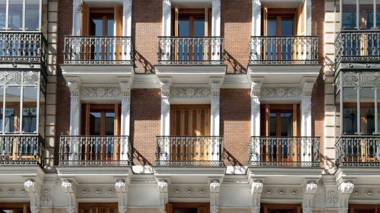 Eric Voekel Madrid Suites Exterior