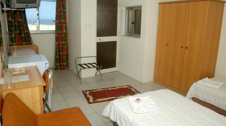Cerviola Hotel Room