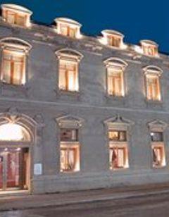 Jose Nogueira Hotel
