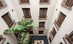 Bastion Luxury Hotel