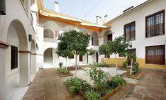 Apartamentos Patios de Alcantara