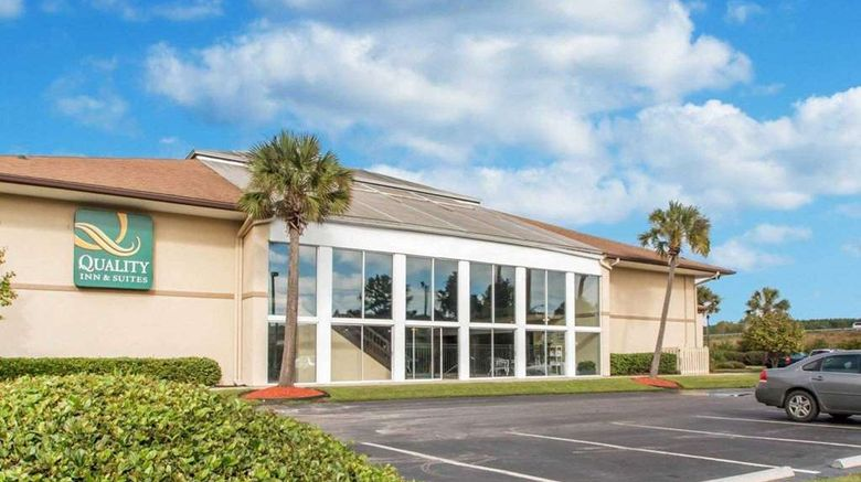 """Quality Inn  and  Suites Ridgeland Exterior. Images powered by <a href=""""http://web.iceportal.com"""" target=""""_blank"""" rel=""""noopener"""">Ice Portal</a>."""