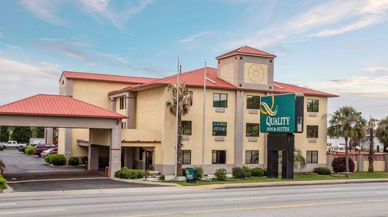 """Quality Inn  and  Suites Ft Jackson Maingate Exterior. Images powered by <a href=""""http://web.iceportal.com"""" target=""""_blank"""" rel=""""noopener"""">Ice Portal</a>."""