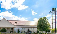 Quality Inn and Suites Elizabethtown