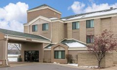 Baymont Inn & Suites Flat Rock